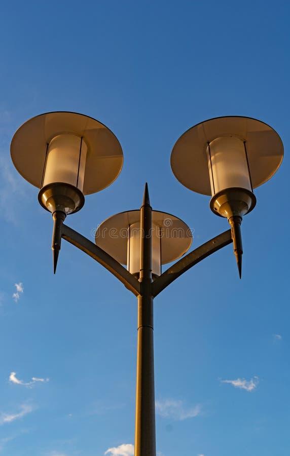 Disconnected света города в дневном времени стоковая фотография