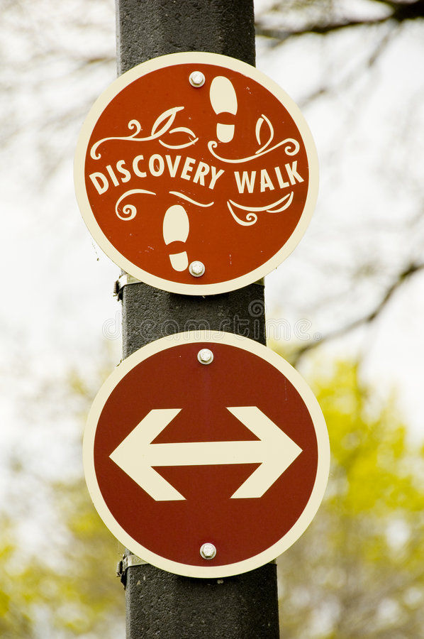 Discovery walk sign. And arrows at a park royalty free stock photos