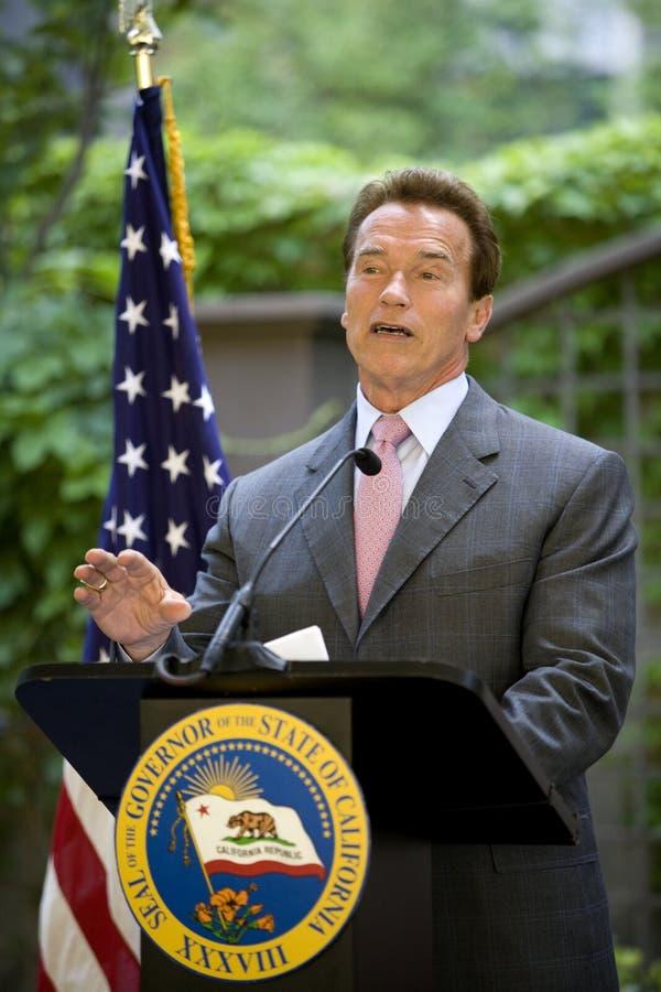 Discurso de Arnold Schwarzenegger del gobernador imágenes de archivo libres de regalías
