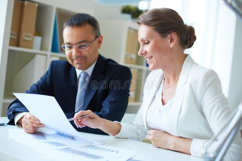 Discussão do negócio imagens de stock royalty free