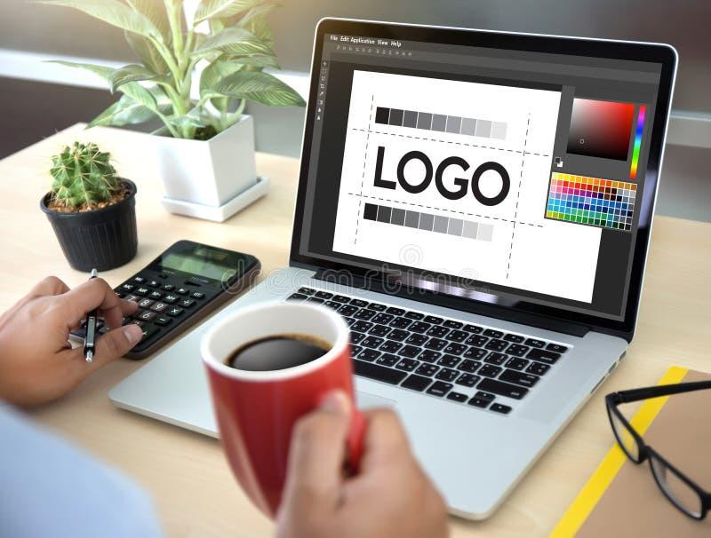 diseñe el gráfico creativo l del bosquejo del diseñador de la marca del trabajo de la creatividad fotos de archivo