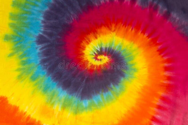 Diseño colorido del modelo del espiral del teñido anudado imagen de archivo