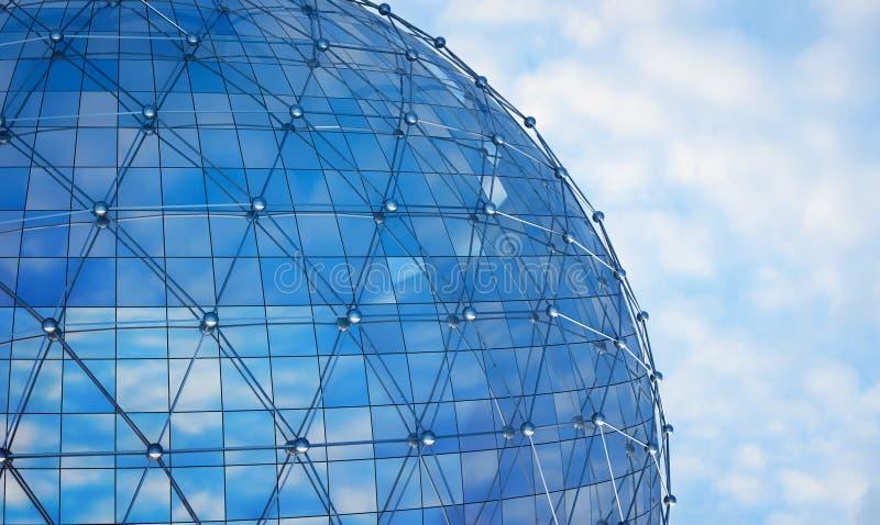Diseño de la fachada de la arquitectura con la reflexión del cielo azul, 3d ilustración del vector
