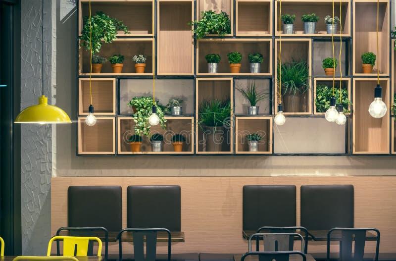 Diseño de la pared interior del café imagen de archivo libre de regalías