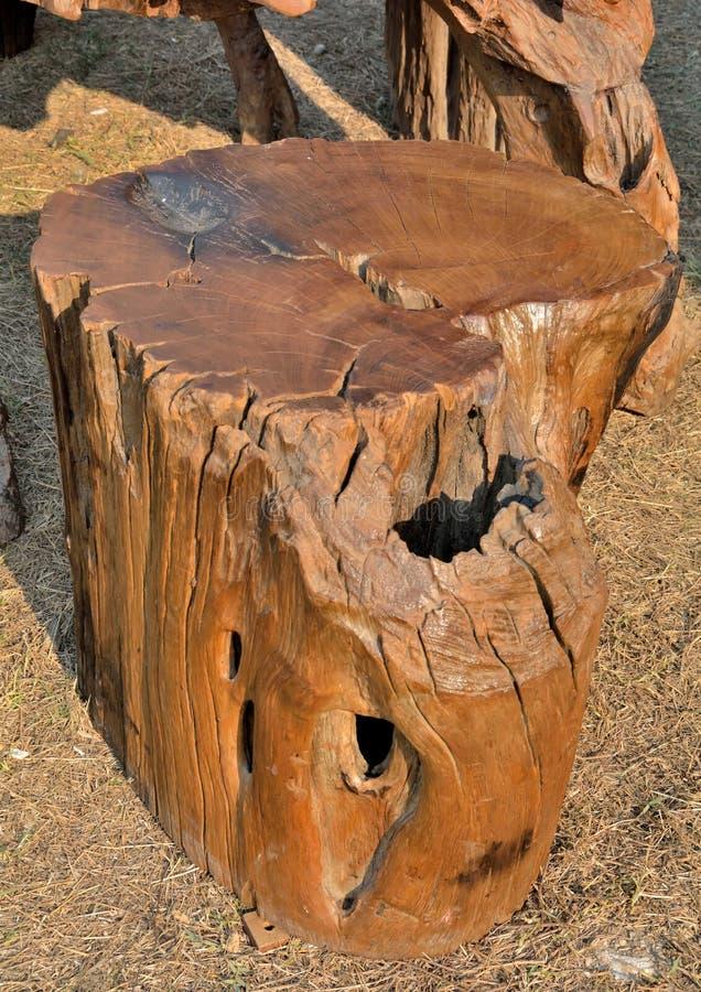 Dise o de madera tallado foto de archivo imagen 39348333 for Muebles de tailandia