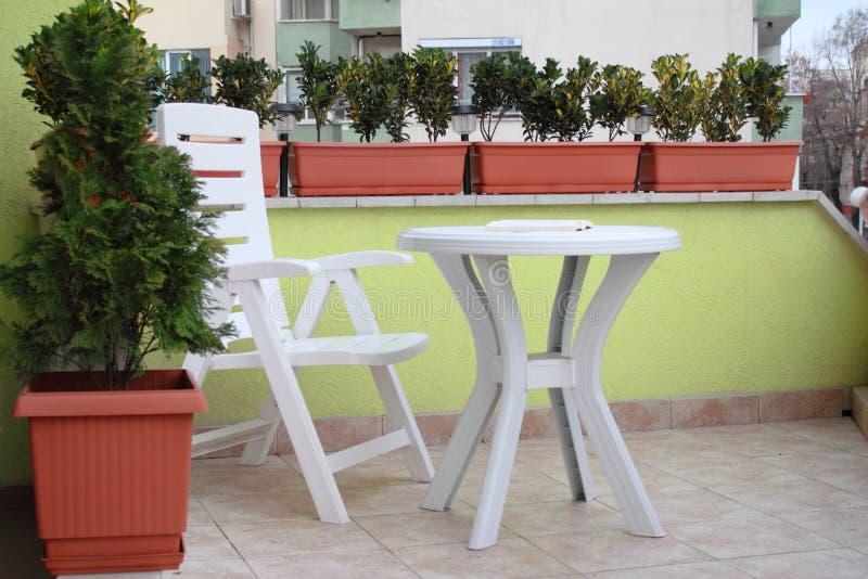 Diseño elegante y de lujo de la terraza del apartamento. fotos de archivo libres de regalías
