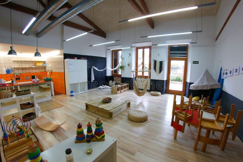 Diseño especial y herramientas de la arquitectura para la sala de clase preescolar de la guardería en Mallorca de par en par imagen de archivo libre de regalías
