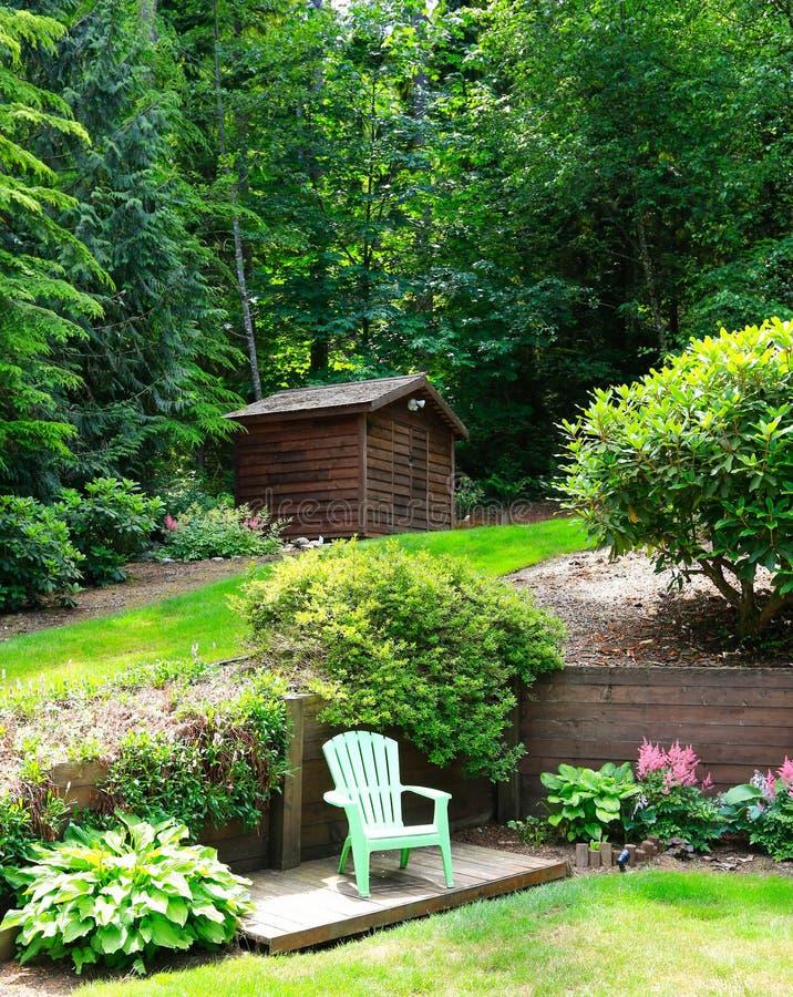 Diseño hermoso del paisaje con sala de estar romántica fotografía de archivo libre de regalías
