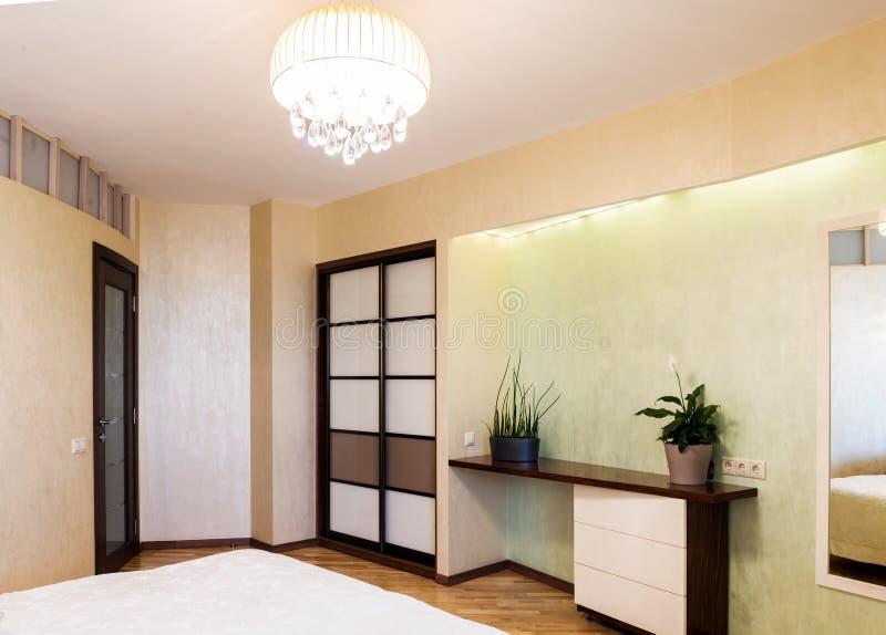 Diseño interior del dormitorio fotos de archivo libres de regalías