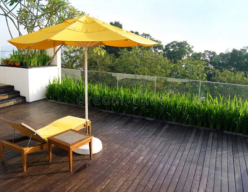 Diseño superior del patio del jardín de la azotea