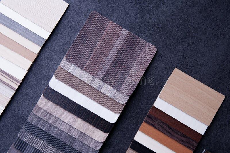 Dise?o de la construcci?n Concepto de diseño material interior Muestras de piso de madera de la textura de baldosa de la lamina y imagen de archivo