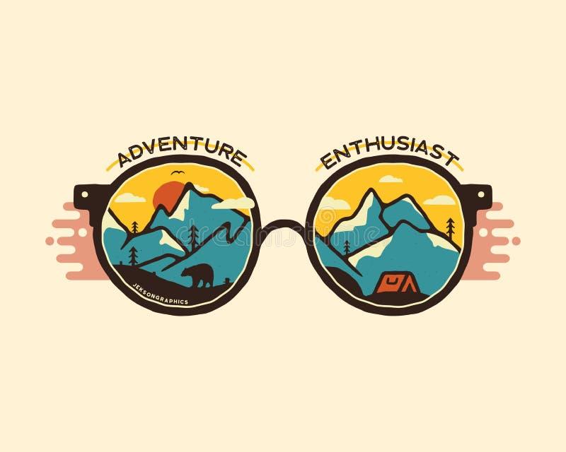 Dise?o del ejemplo de la insignia que acampa Logotipo al aire libre con cita - entusiasta de la aventura, para la camiseta Montañ libre illustration