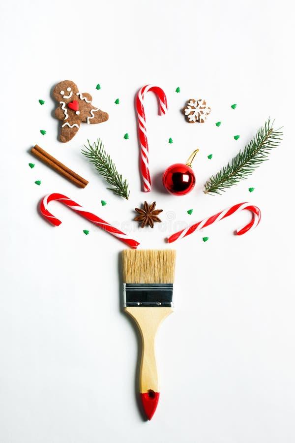 Disegnimi concetto creativo della composizione in vacanza invernale del nuovo anno di Natale fotografia stock libera da diritti
