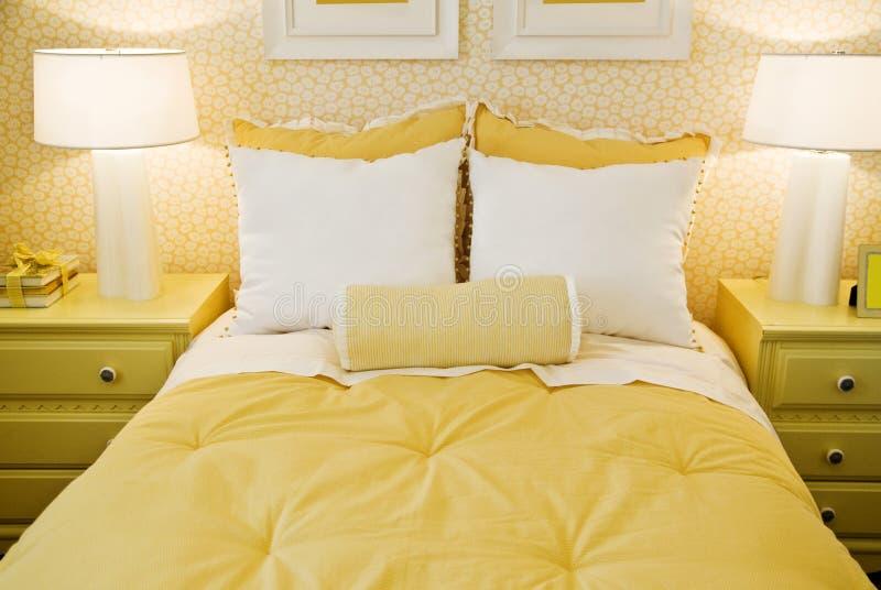 Disegno interno della camera da letto alla moda fotografie stock