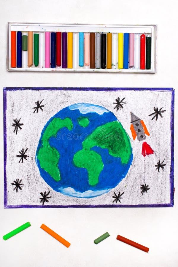 Disegno: Rocket nello spazio, volante accanto al pianeta Terra illustrazione vettoriale