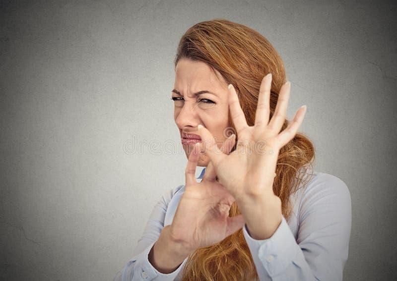 Disgusted женщина стоковое изображение rf