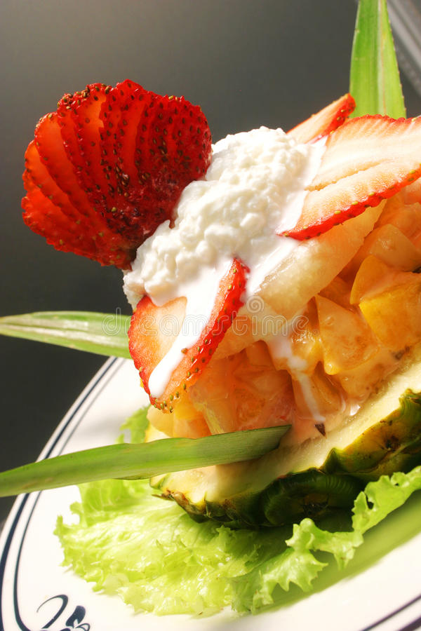 Dish of fruit royalty free stock photos