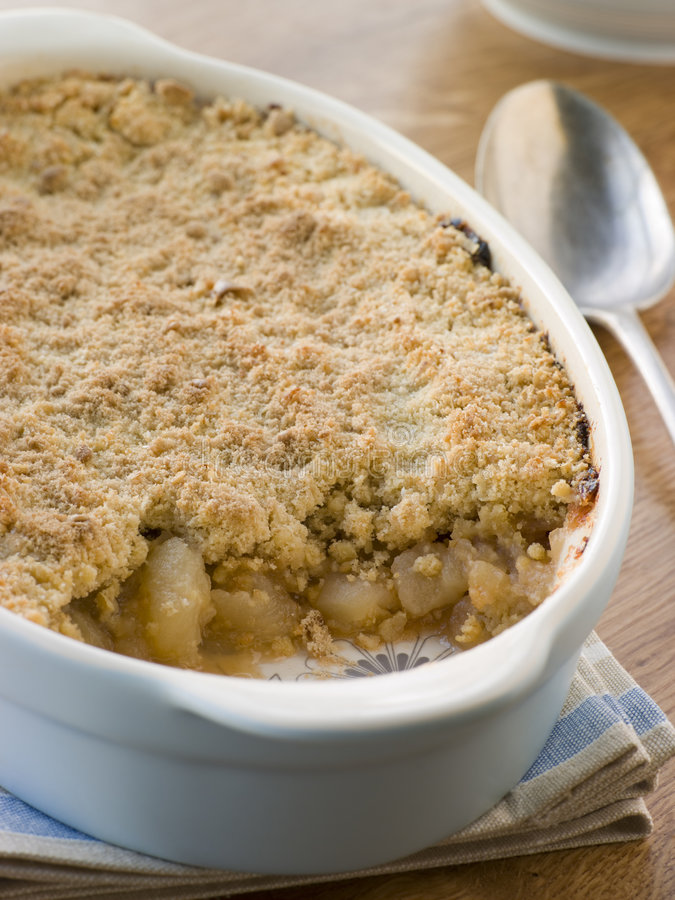 Free Dish Of Apple Crumble Royalty Free Stock Photo - 5931875