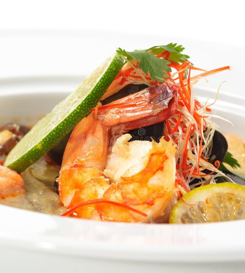 dishes батат tom kung тайский стоковое фото
