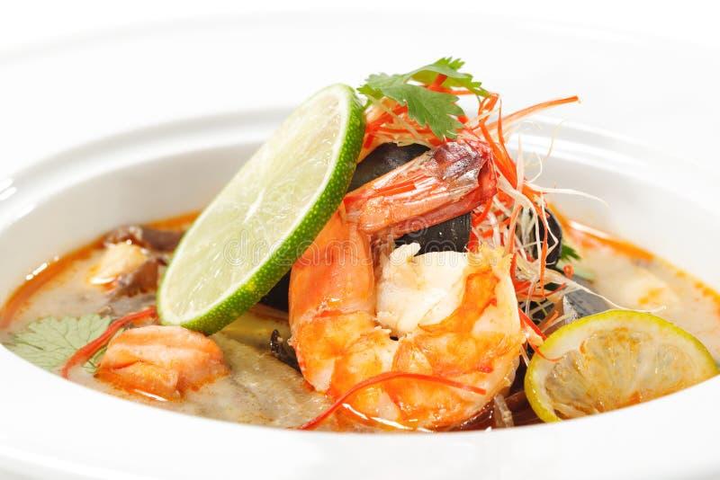 dishes батат tom kung тайский стоковая фотография rf
