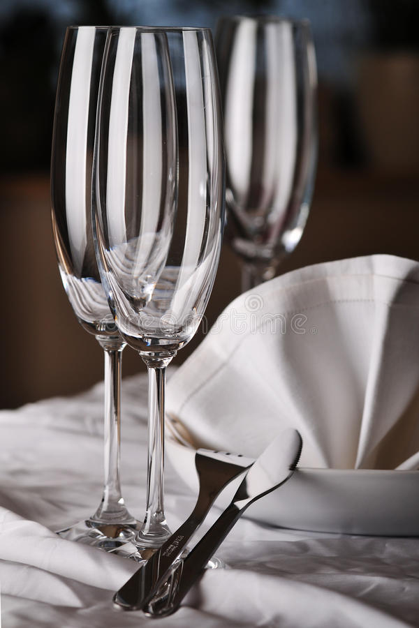 Download Dishware On The White Tablecloth Stock Image - Image: 27918533