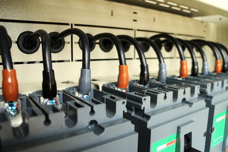 Disjoncteurs de jonction de câble à l'intérieur de standard images libres de droits