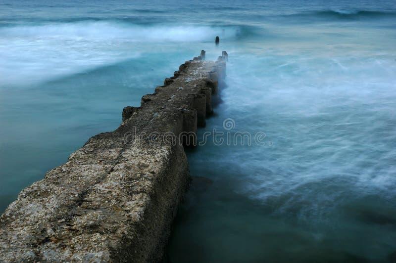 Disjuntor de ondas foto de stock royalty free