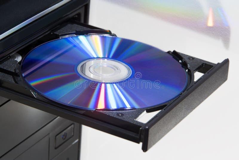 Diskett i spelare av en skrivbords- dator royaltyfria foton