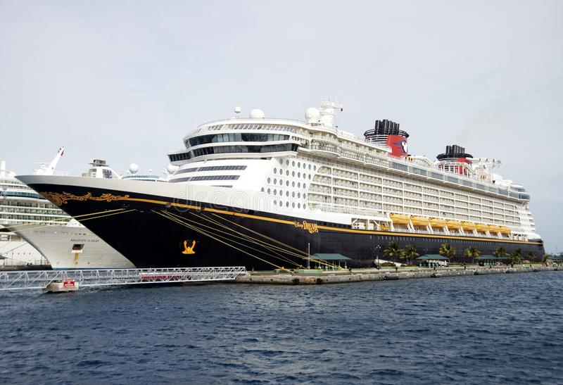 Disney-Cruise in de Bahamas royalty-vrije stock foto's
