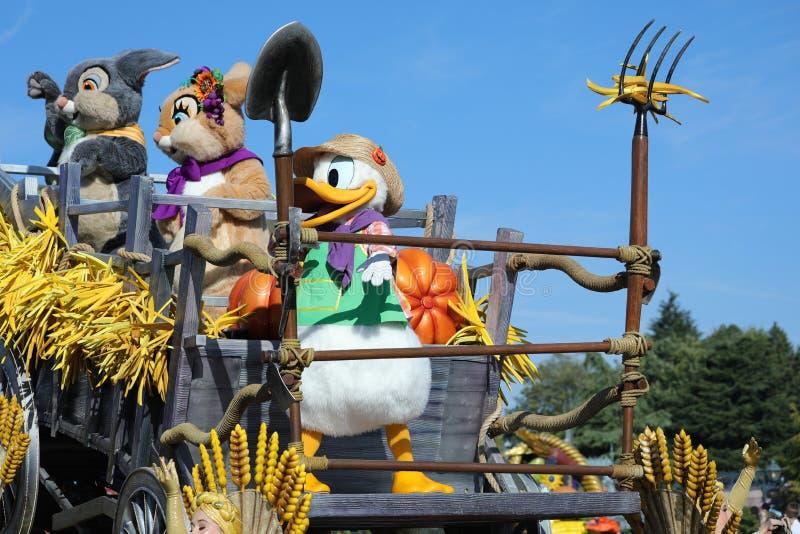 Disney Halloweenowa parada Z Disney charakterami W Disneyland normie zdjęcie stock