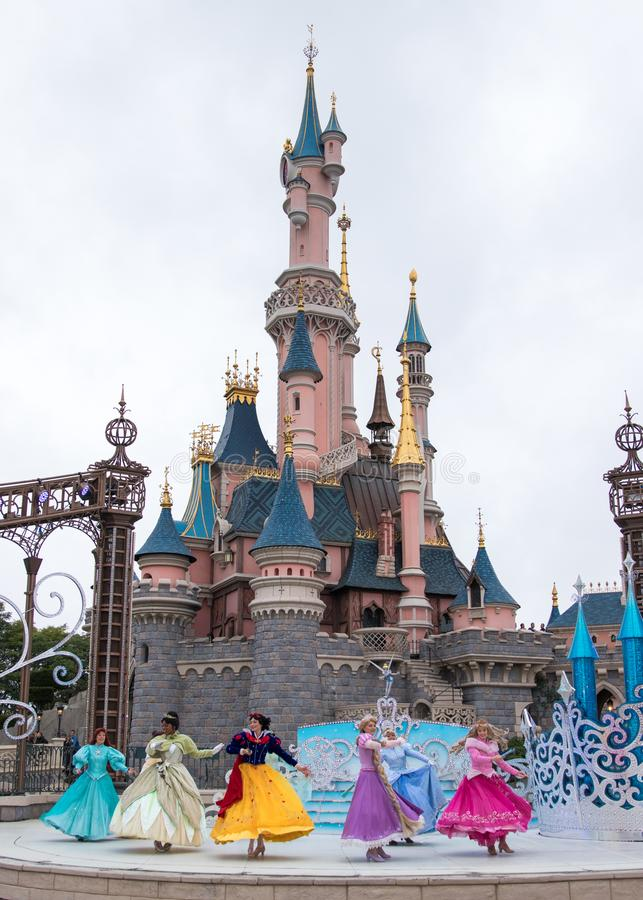 Disney Princess przedstawienie przy Disneyland Paris obrazy royalty free
