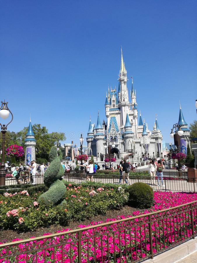 Disney slott av magiska Kindom royaltyfri fotografi