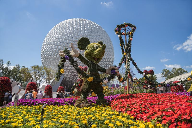 Disney värld, Epcot mittnöjesfält, Mickey Mouse Orlando royaltyfri fotografi