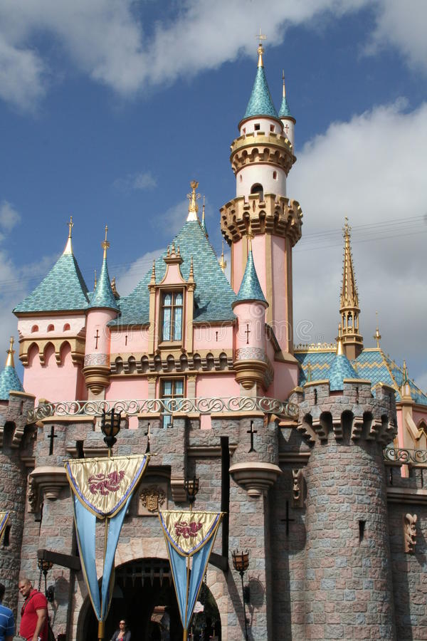 Download Disneyland Castle Editorial Photography - Image: 18685392