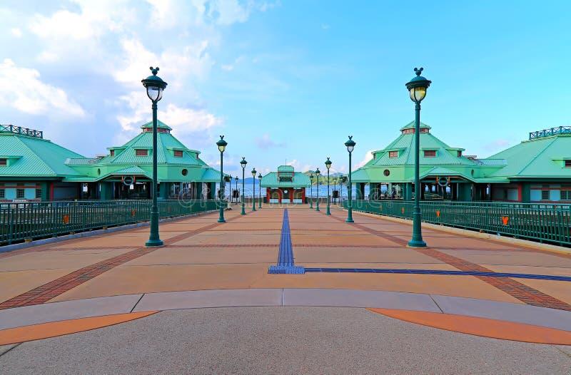 Disneyland de ingang van de toevluchtpijler, Hongkong royalty-vrije stock fotografie