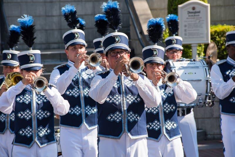 Disneyland marschmusikband arkivfoton