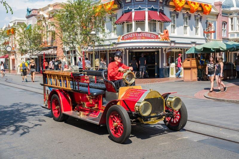 Disneyland ` s Main Street USA i Anaheim, Kalifornien arkivbilder