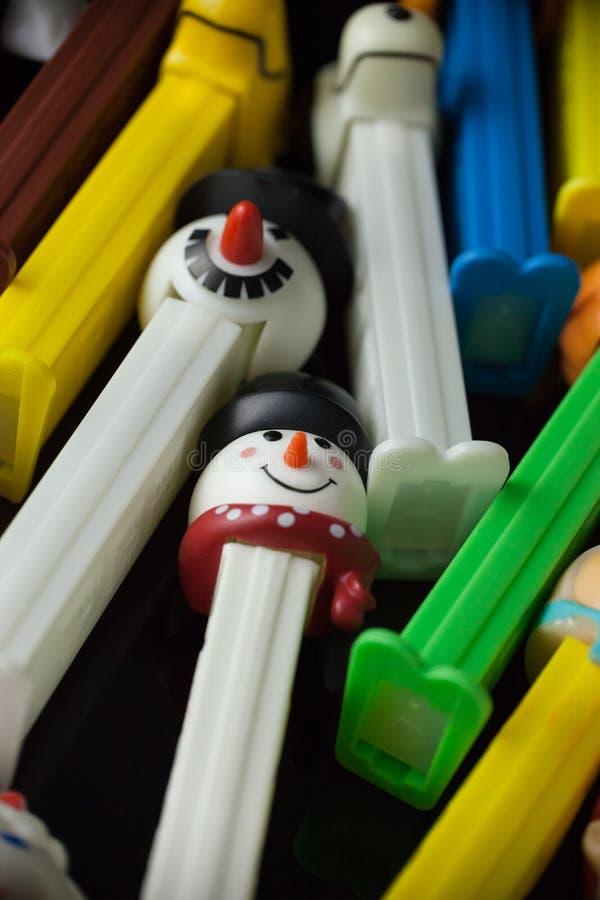 Dispensadores coloridos de Pez foto de archivo