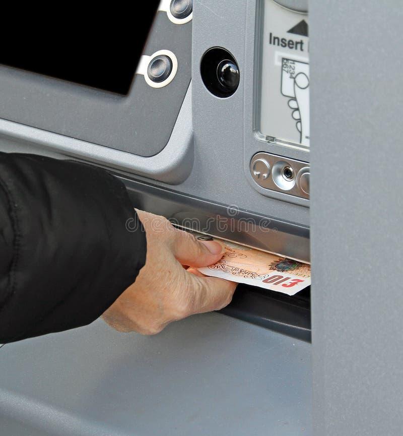 Dispenser dei contanti immagine stock