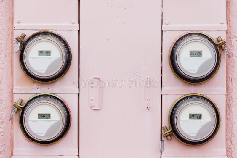 Disposição digital residencial do medidor do watthour da fonte de alimentação fotografia de stock