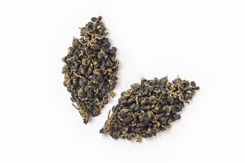 Disposição seca do botão do chá fresco do oolong de Formosa como o ícone das folhas fotografia de stock
