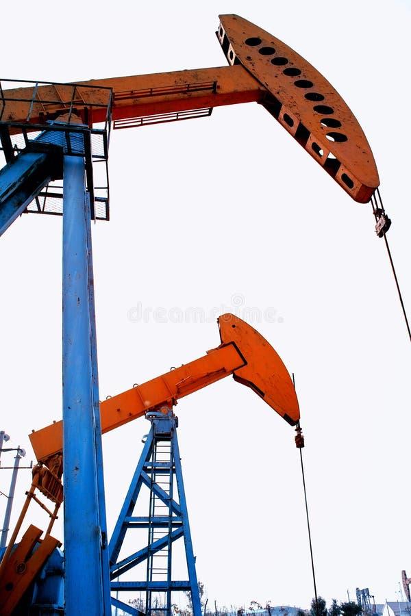 Dispositif de pompage de pétrole photographie stock