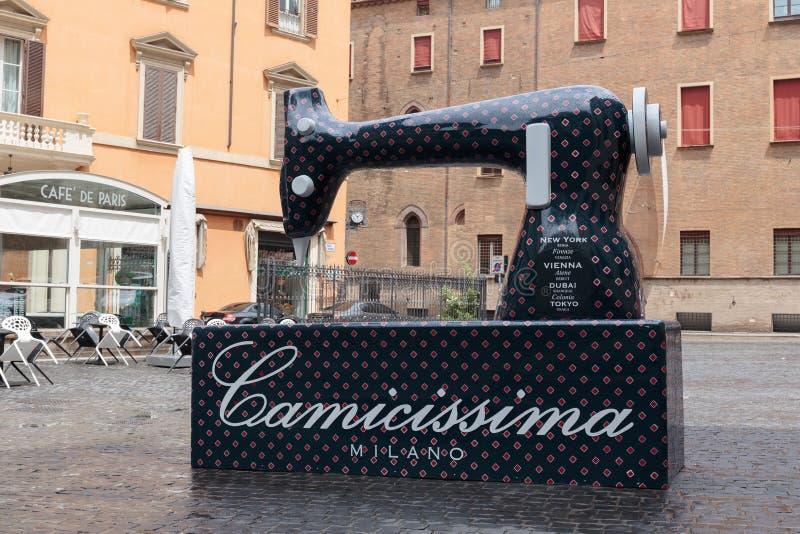 Disposition de la machine à coudre dans la place de Bologna de ‹d'†de ‹d'â€, AIE photo stock