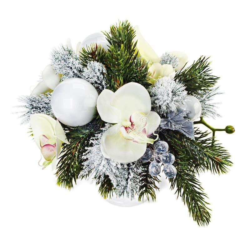 Disposition de Noël des boules de Noël, orchidées, flocons de neige, b image libre de droits
