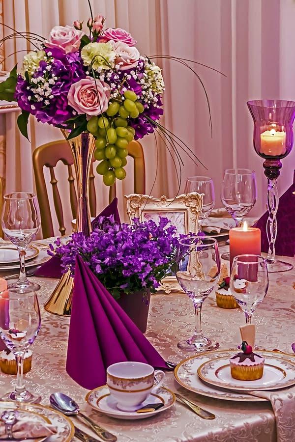 Disposition pour le dîner de mariage party-18 photos libres de droits