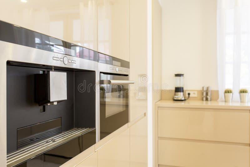 Dispositivo de cozinha inevitável para amantes do café fotografia de stock