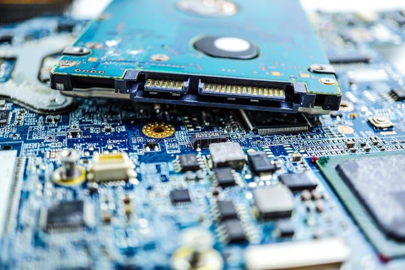 Dispositivo de la electrónica del procesador de la base del mainboard del microprocesador de la CPU del circuito de ordenador imagenes de archivo