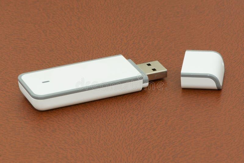 Dispositivo USB en blanco fotos de archivo libres de regalías