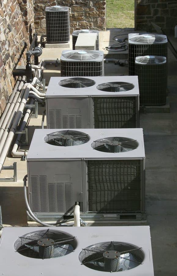 Dispositivos de aquecimento do condicionador de ar fotografia de stock