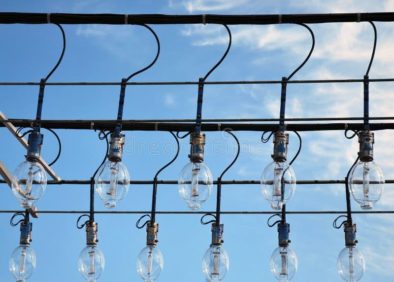 Dispositivos de iluminación de un schooner de la pesca. fotos de archivo